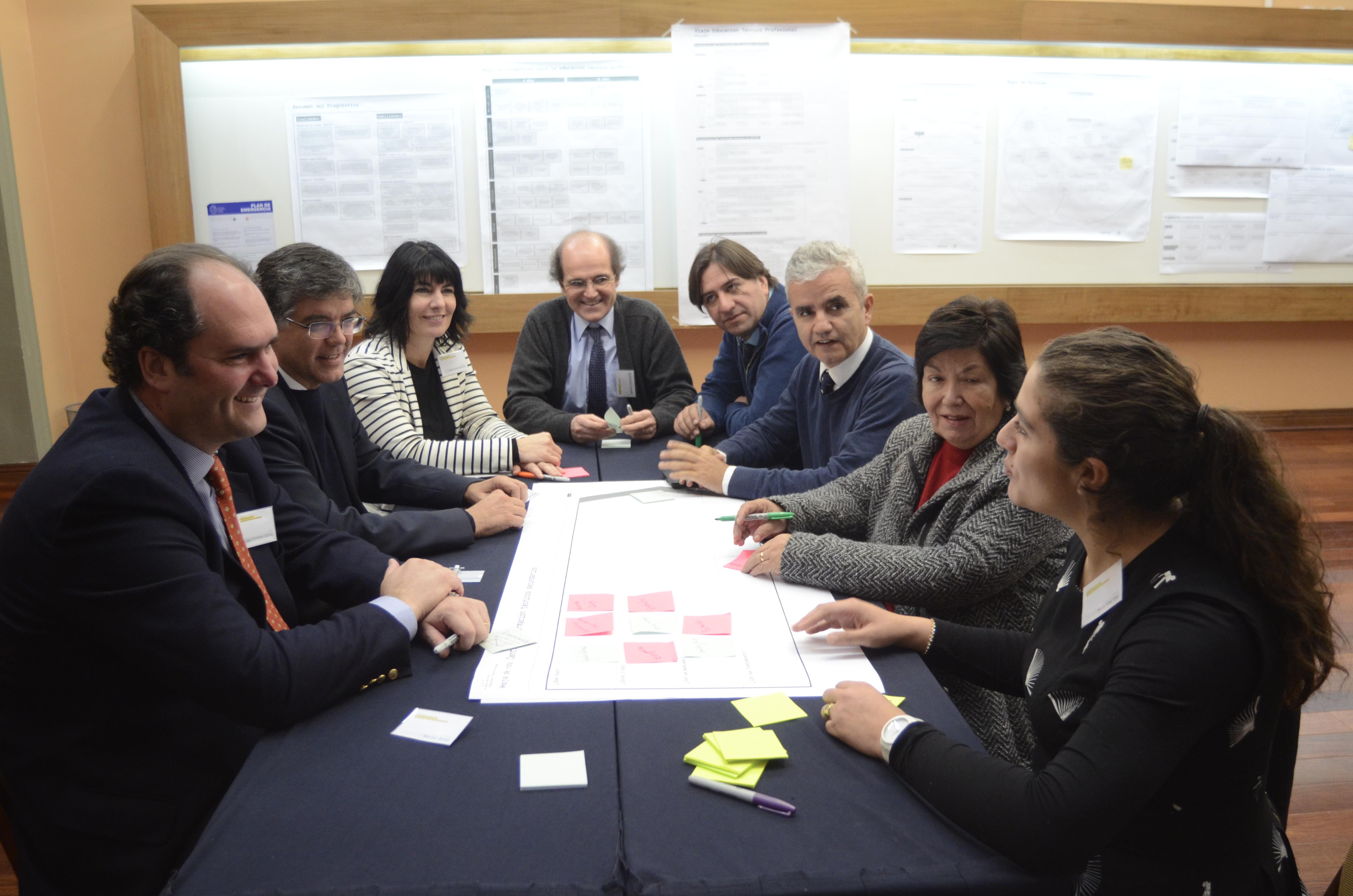 Autoridades de la UC, Duoc, Inacap y CPC participan en taller por la educación técnica